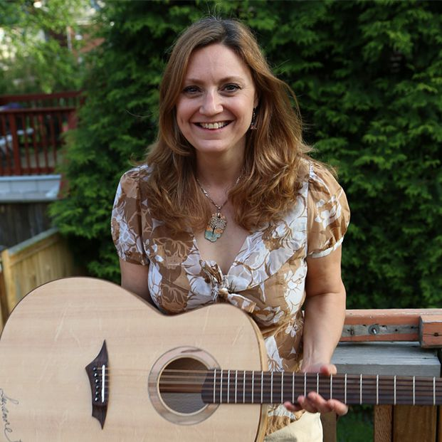 Photo of Suzanne Brindamour of the six-piece folk collective Women Folk